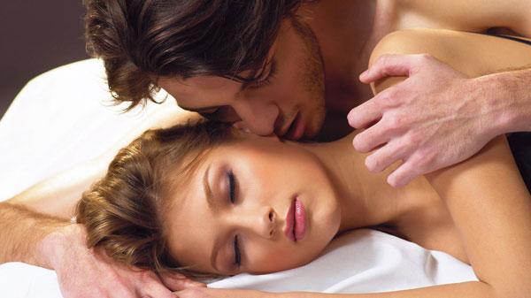 cách làm tình để phụ nữ lên đỉnh